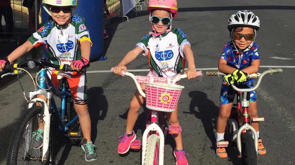 Niños aficionados participes del evento