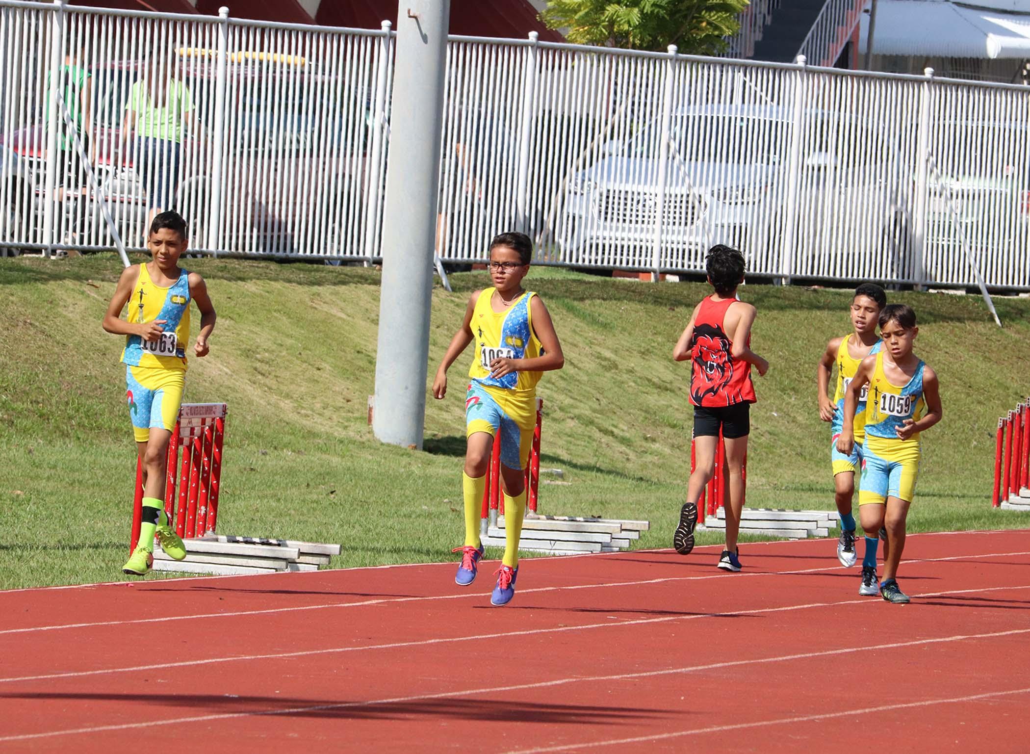 Campeonato-Infantil-Juv-Asoc-Atletismo-PR-13