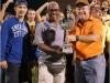 Angel Cowy Perez recibe el trofero de Campeonato de manos de Jorge Sosa de la Fundacion Mayaguez 2010