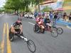 Atletas ciclistas participando de la carrera