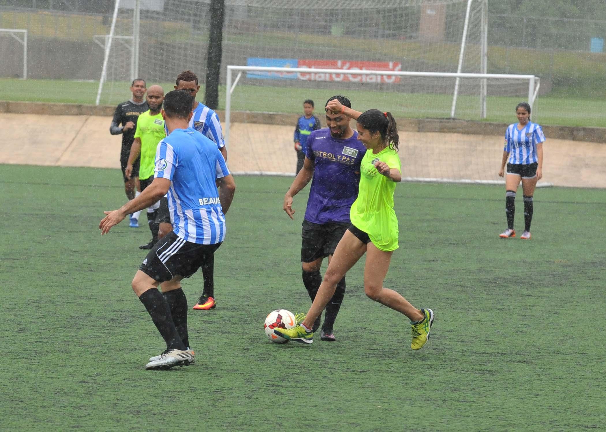 Celebrity Game-Soccer Fund Borrali-28.jpg