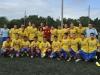 David Villa junto a jugadores de equipo 17-20 años