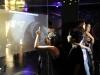 Niños interactuando con la proyección tactil en el Museo El Planetario