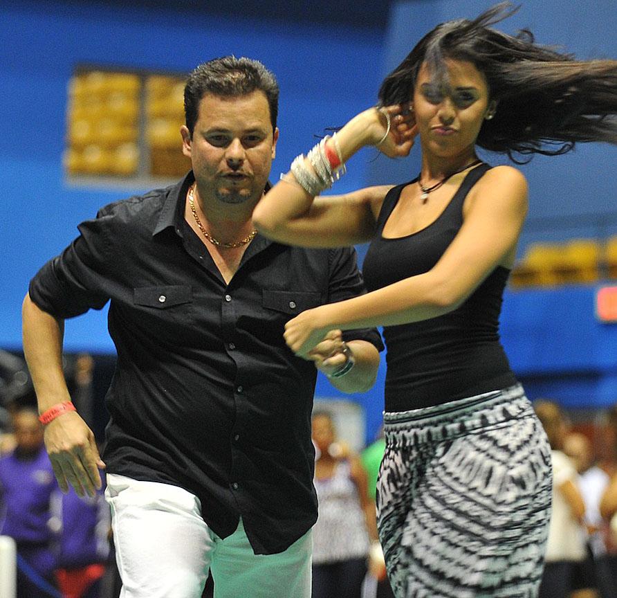 Pareja 206 categoría Familiar, Eduardo Agosto y su hija Melissa Agosto ganadores del 1 lugar