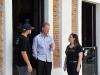 Emilio Meléndez y Vanessa Cardez junto al alcalde de Bayamón