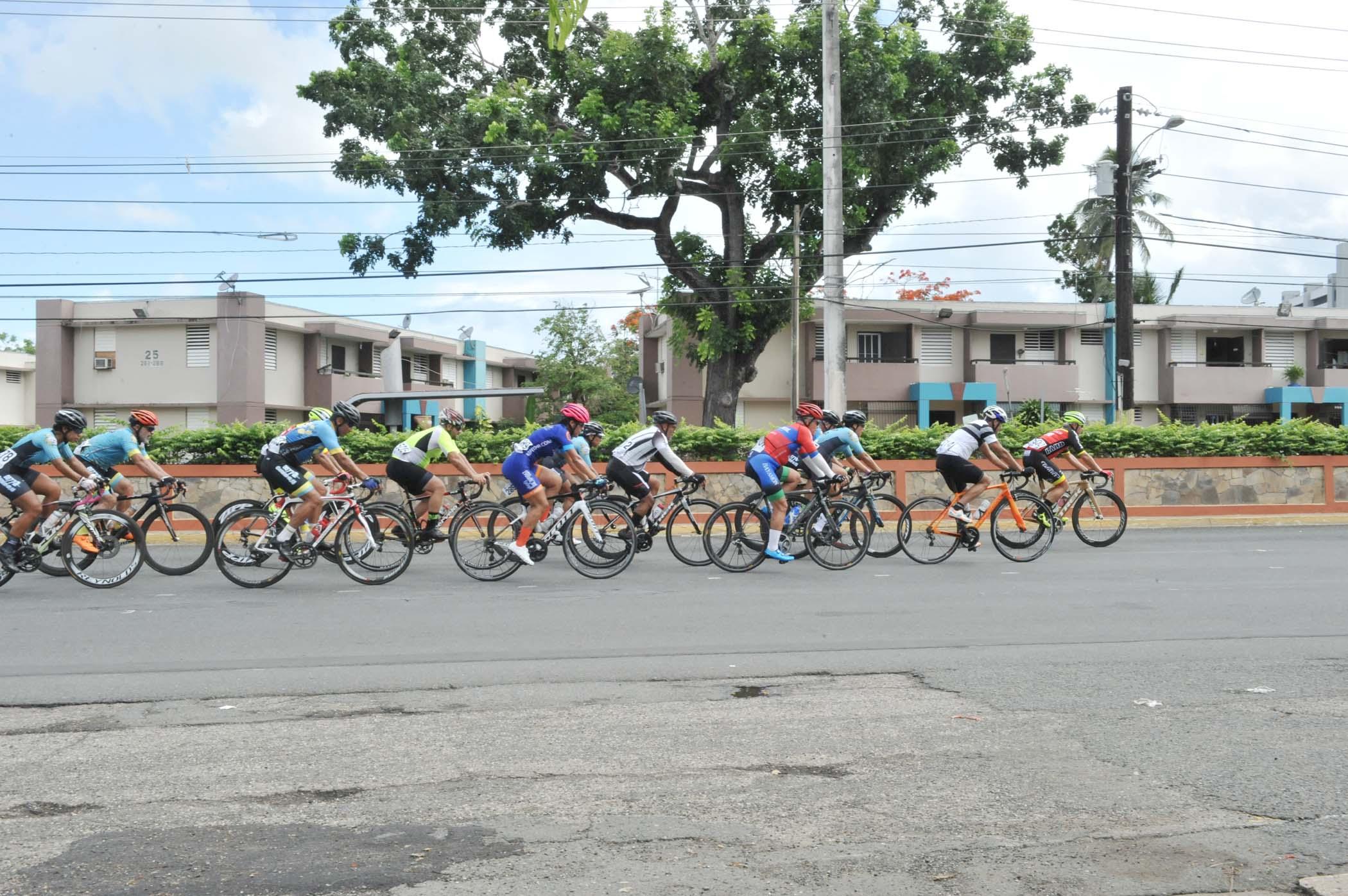 12 - 15 Edicion Bayamon Gran Prix.jpg