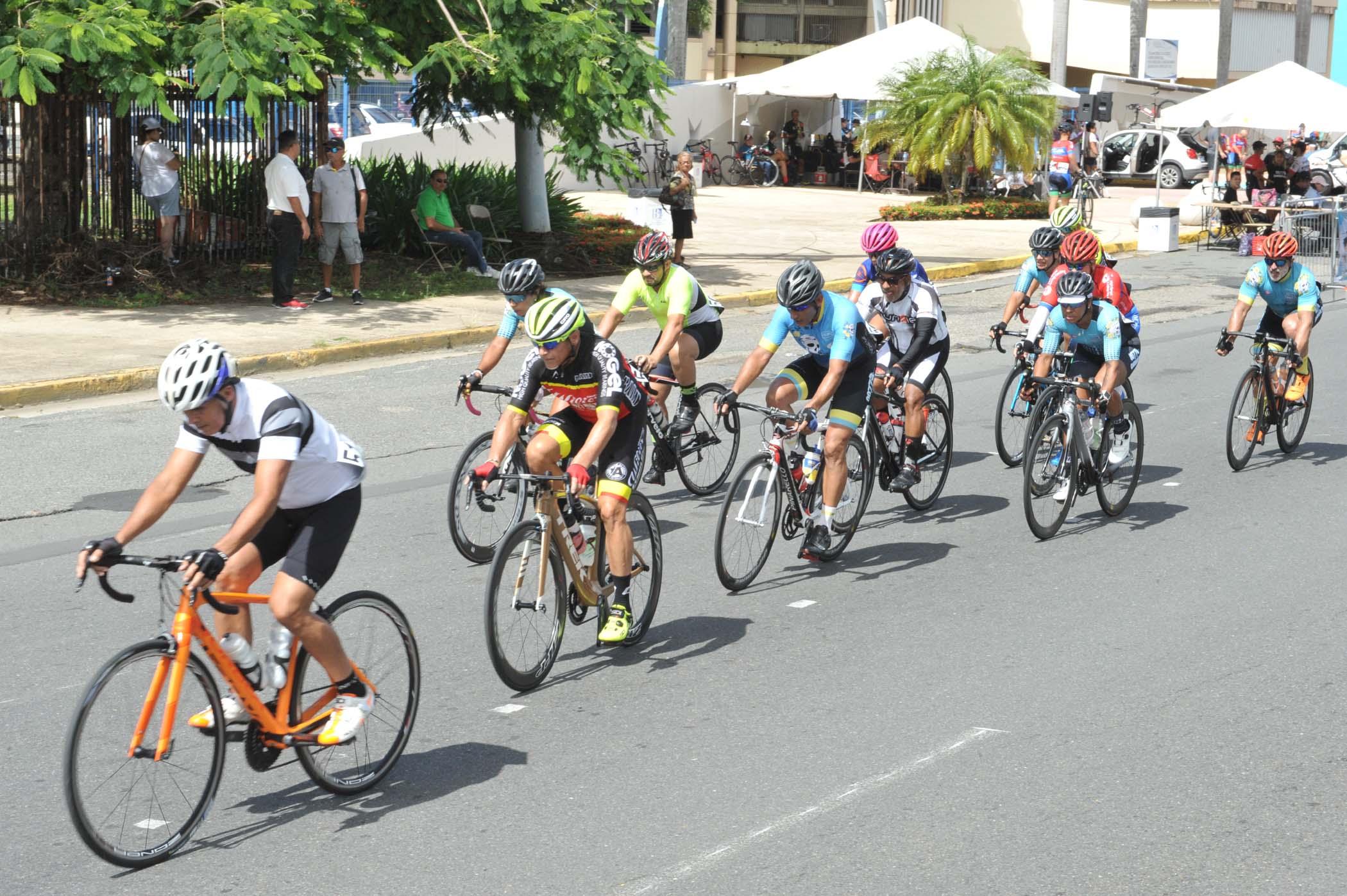 14 - 15 Edicion Bayamon Gran Prix.jpg
