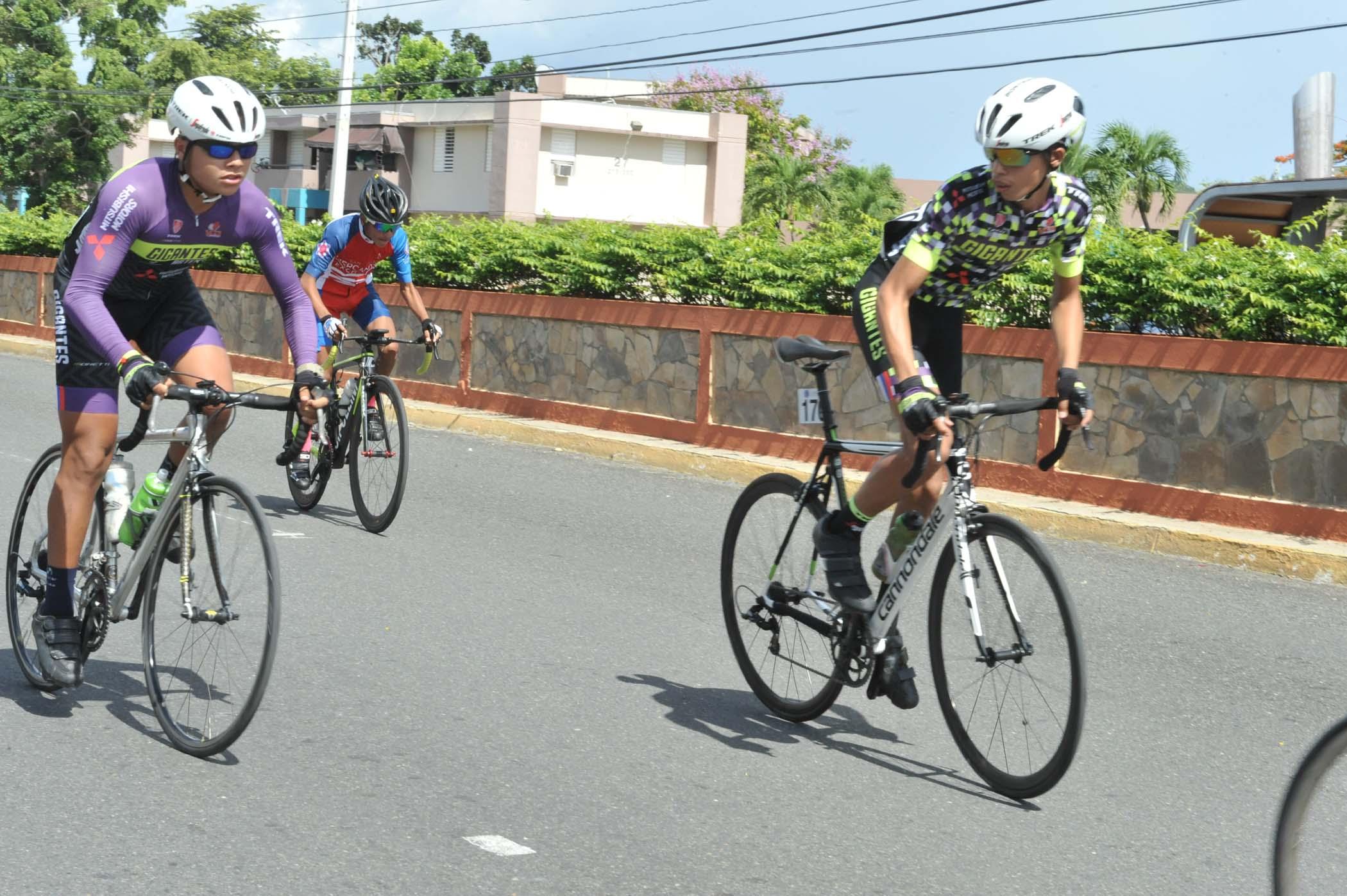 2 - 15 Edicion Bayamon Gran Prix.jpg