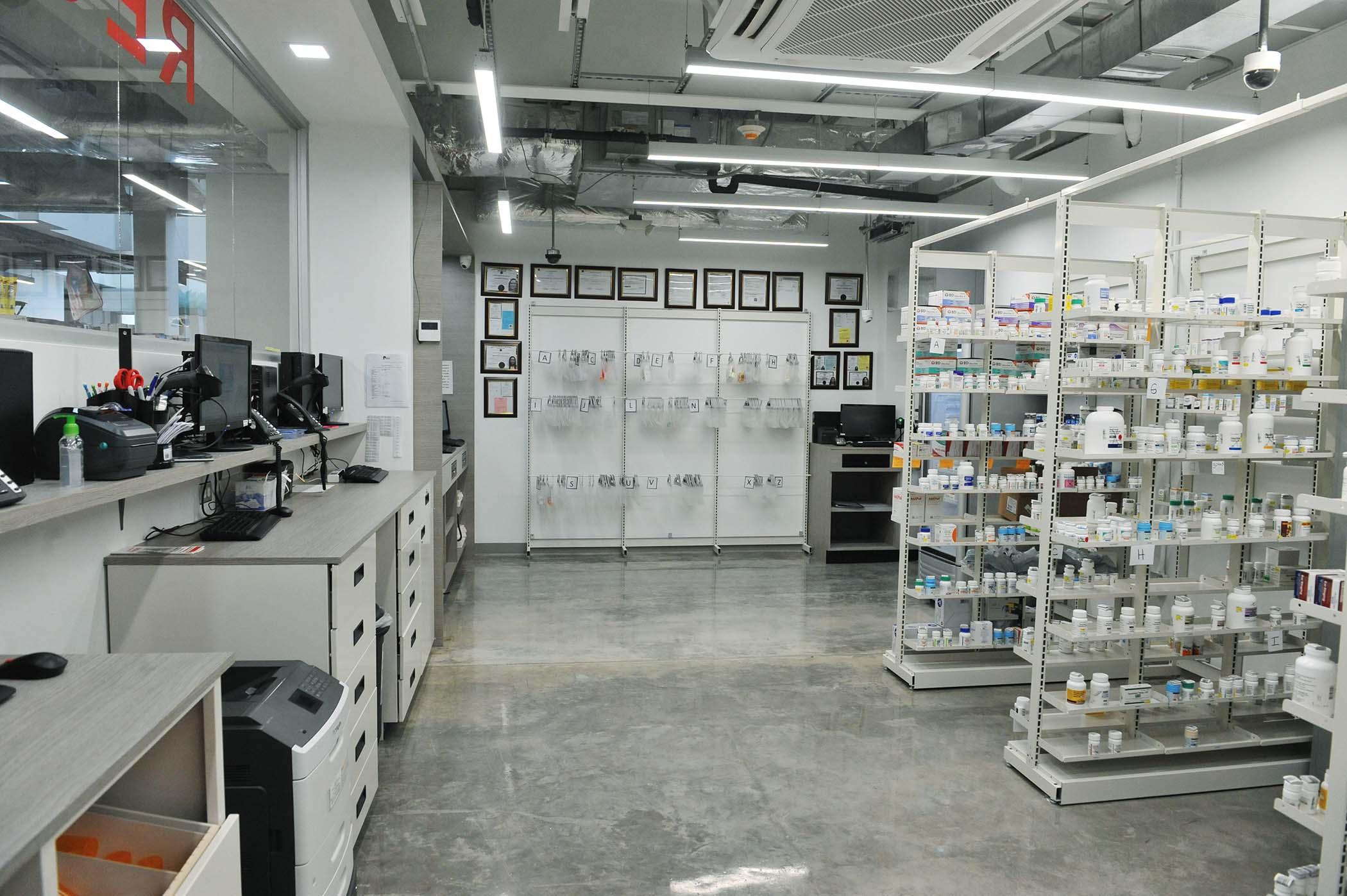 Inauguracion_Farmacias_Plaza-Plaza_del_Sol-24.jpg