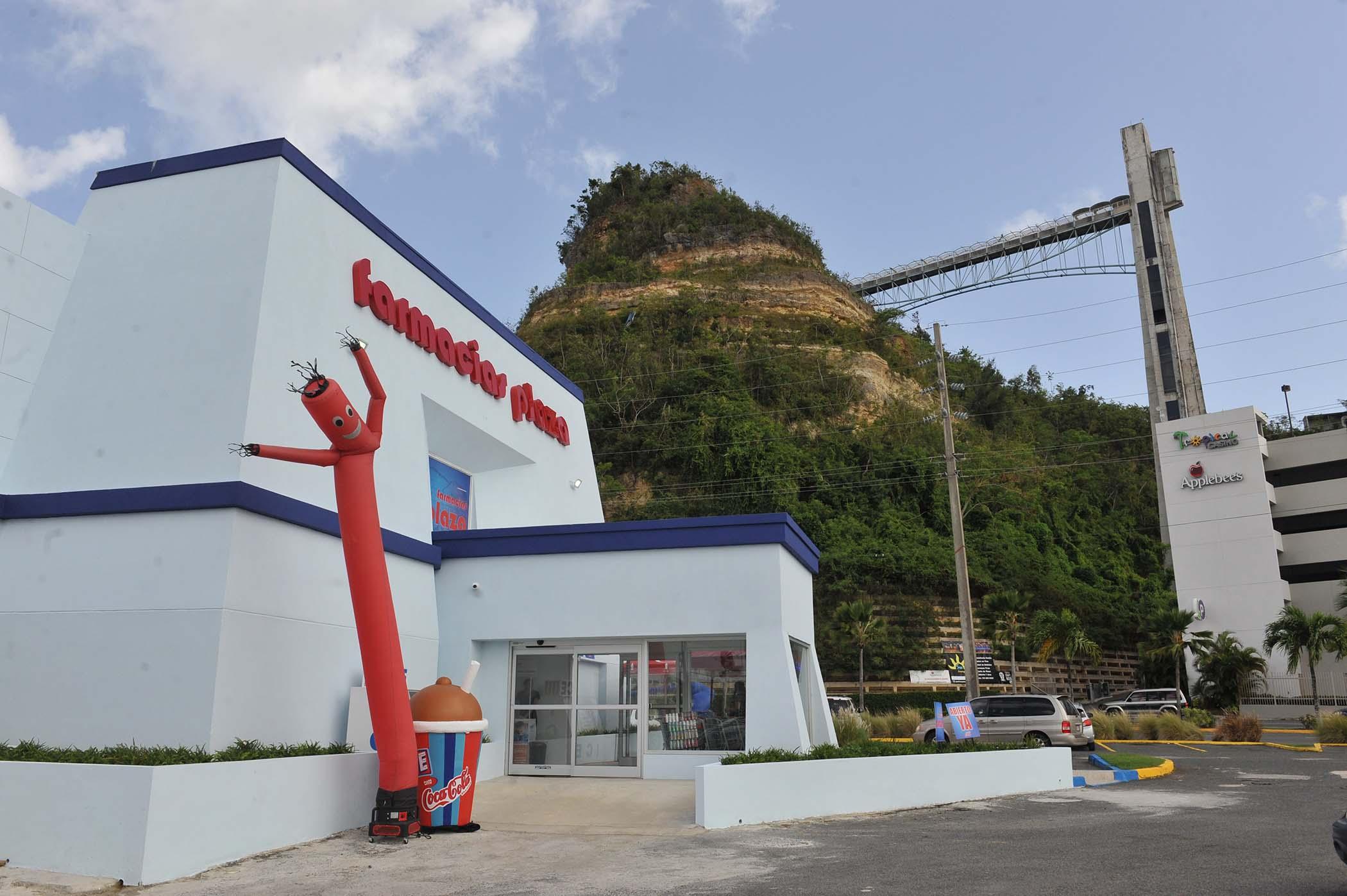 Inauguracion_Farmacias_Plaza-Plaza_del_Sol-3.jpg