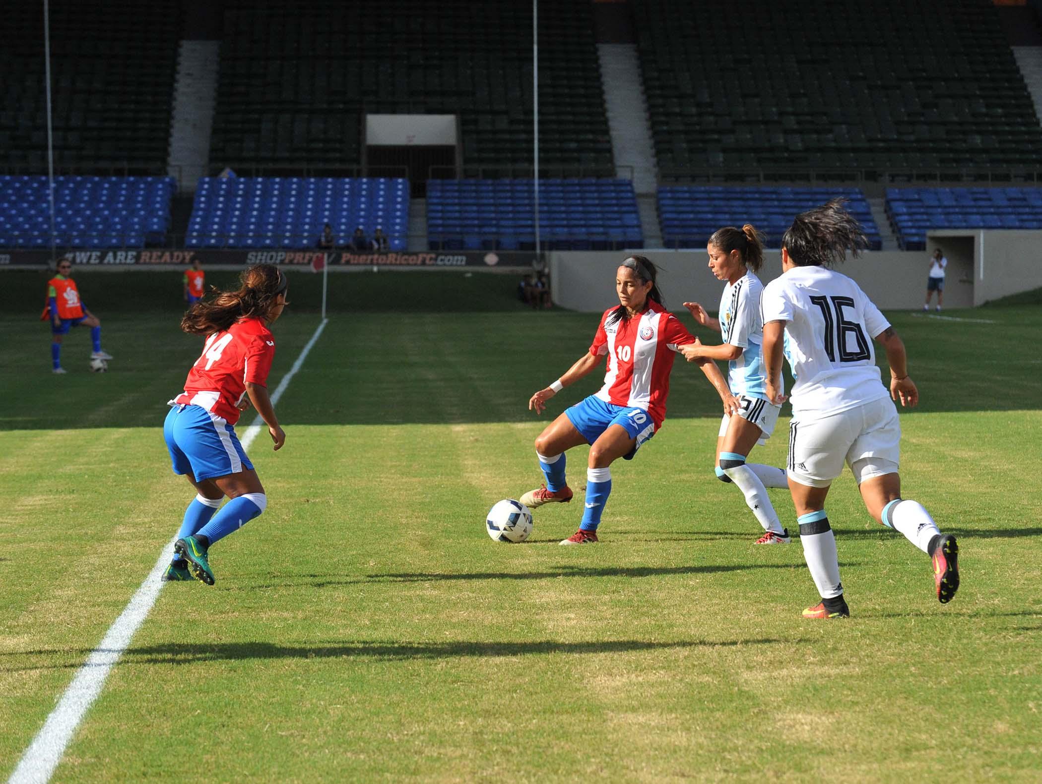 Soccer Fem- PR vs ARG-54.jpg
