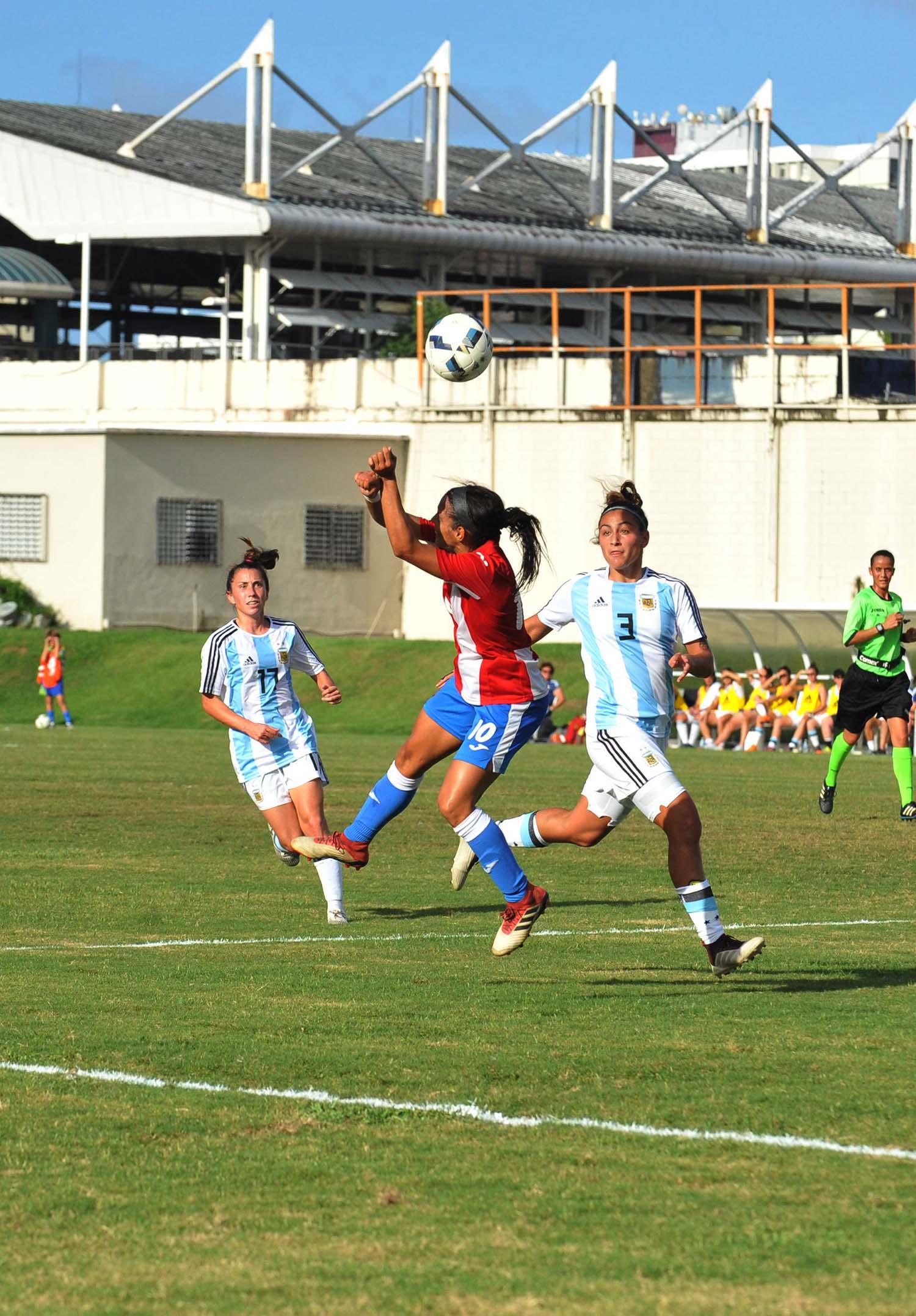 Soccer Fem- PR vs ARG-57.jpg