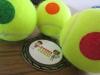 Mini Tenis Tour 2017; fotografía de bolas de tenis y medalla