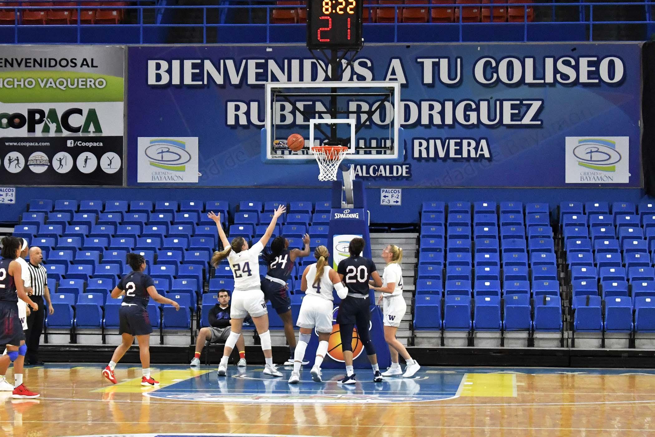 PR-Clasico-Baloncesto-Femenino-10