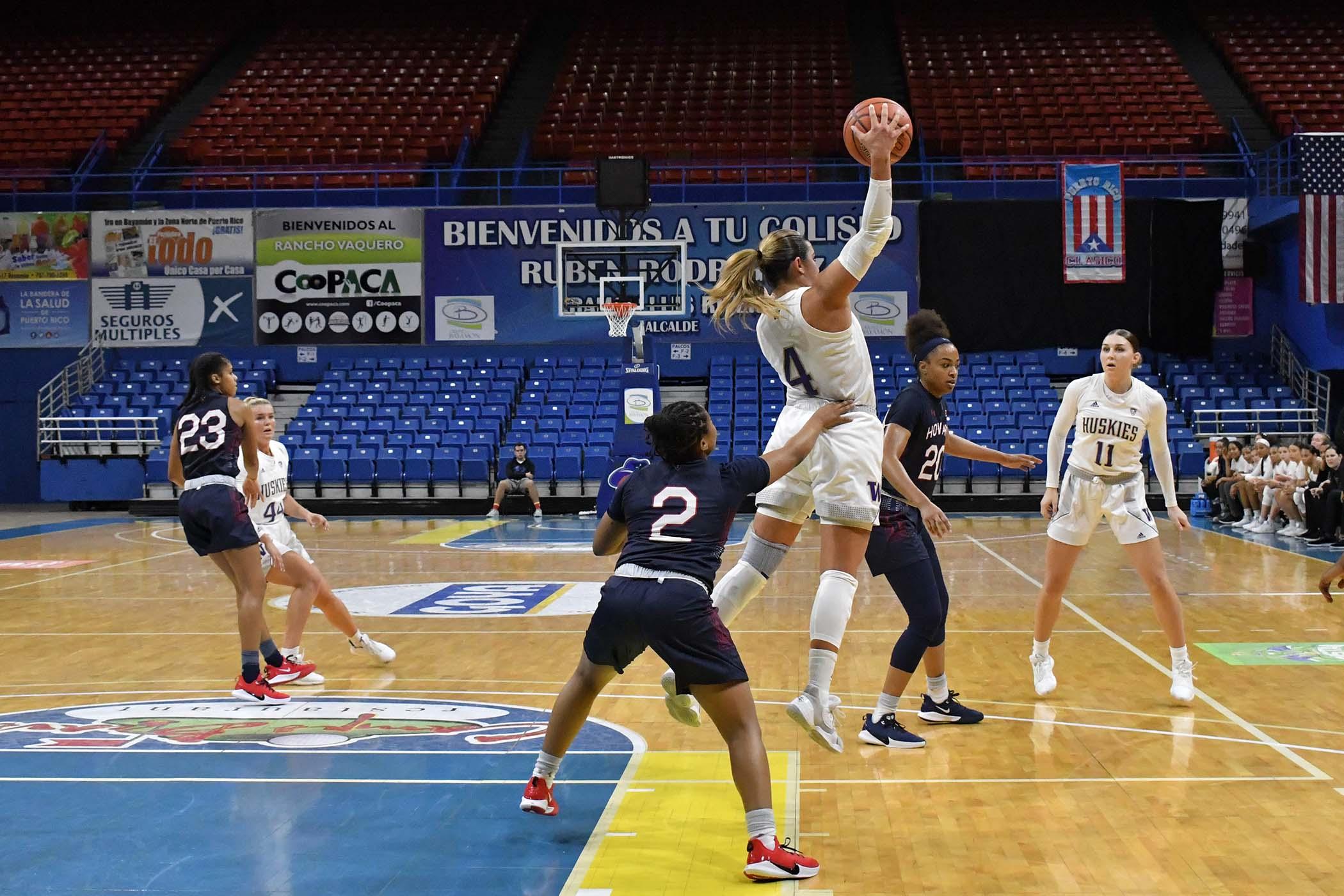 PR-Clasico-Baloncesto-Femenino-12