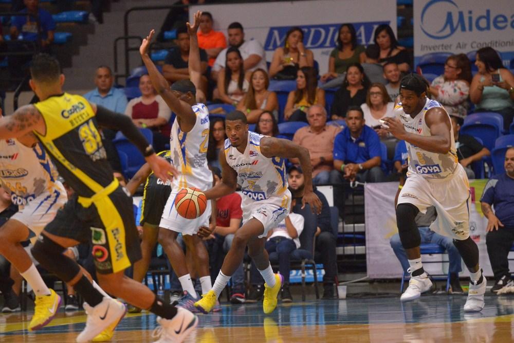 Partido entre Bayamón vs Arecibo