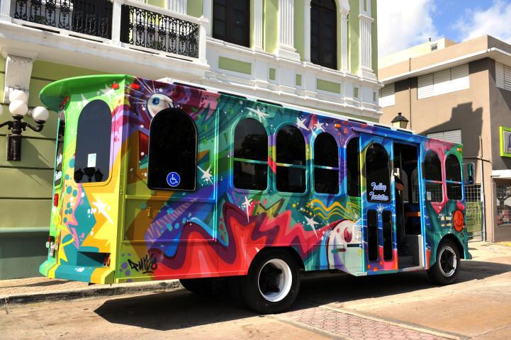 Inauguran trolley de turismo en bayamón