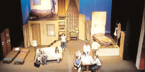 La producción con 11 actores entre los 20 y 25 años y bajo la dirección Iris D. Berríos tiene sus boletos disponibles a través de Ticket Center y la boletería del Teatro Braulio Castillo.