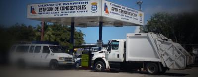 Bayamón une sus Flotas de Camiones para Ayudar con el Recogido de Desperdicios en el Municipio de Toa Baja