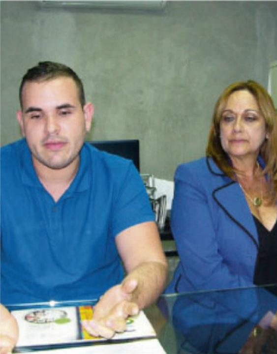 José Vélez Arocho y Lissette Colón, gerente y administradora  del BSC