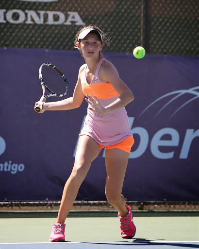 Erika Barquero  sub campeona 18 años sencillos