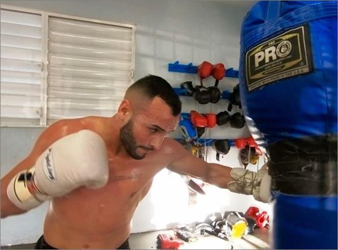 pitufo boxeador