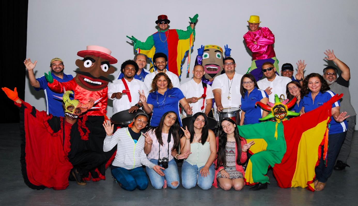 Vaqueros celebran los 115 años de la UPR con Feria de Artesanías
