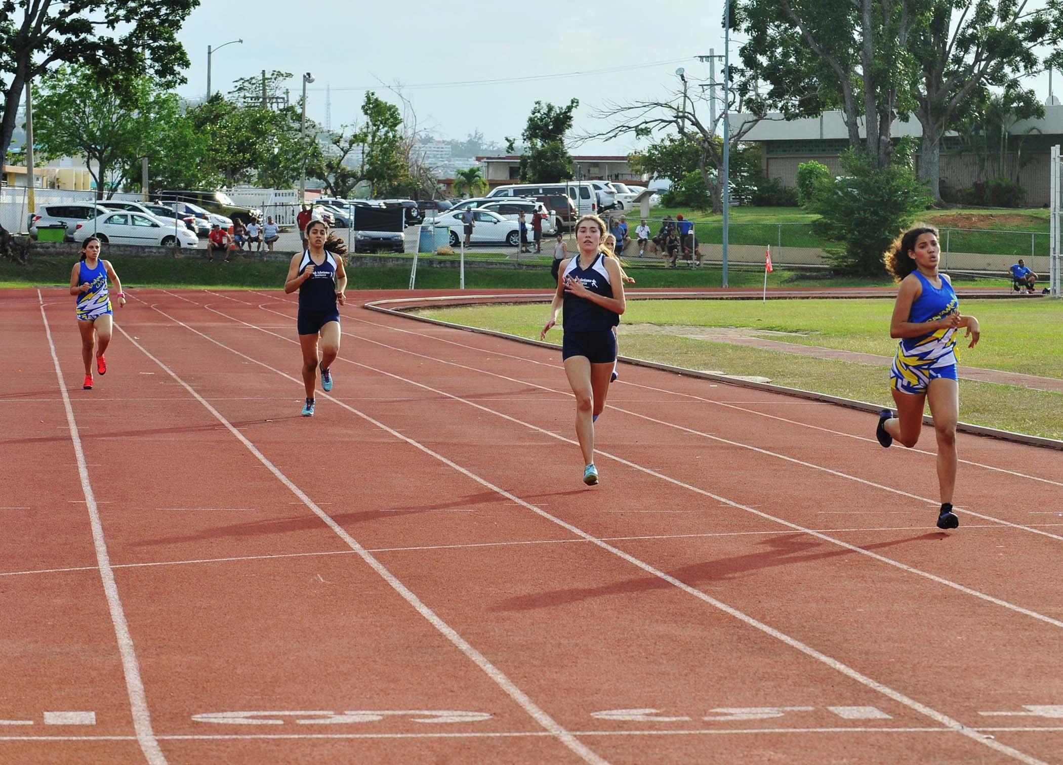 Clasificatorias de Atletismo 400 metros equipo femenino