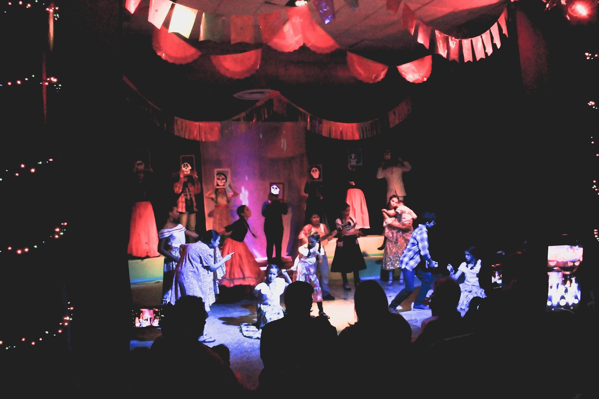Adaptación estudiantes de Teatro película Coco Escuela Bellas Artes de Bayamón