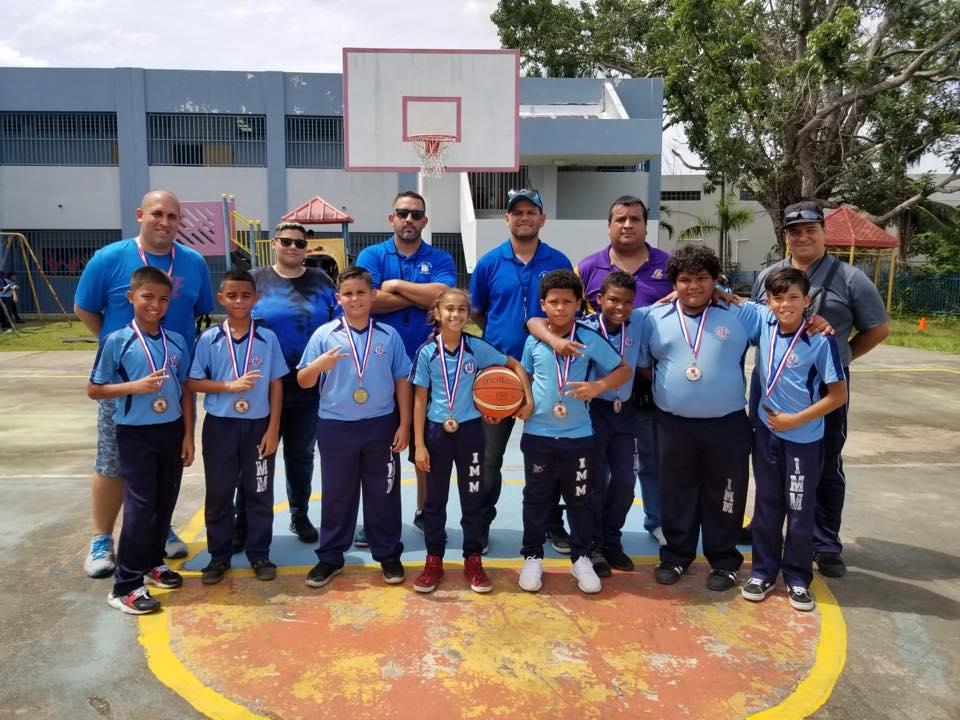Torneo 3 pa' 3 en la Escuela Inés Mendoza