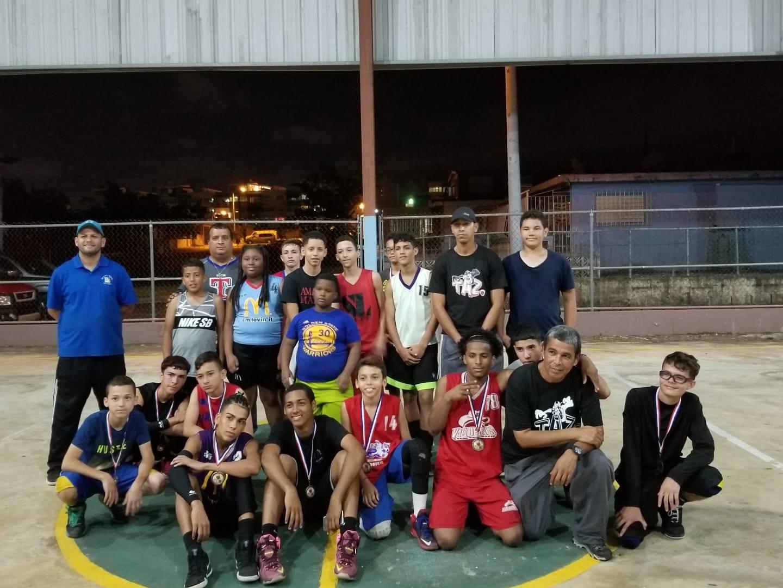 Torneo 3 pa' 3 en la Cancha del Sector Los Picapiedras