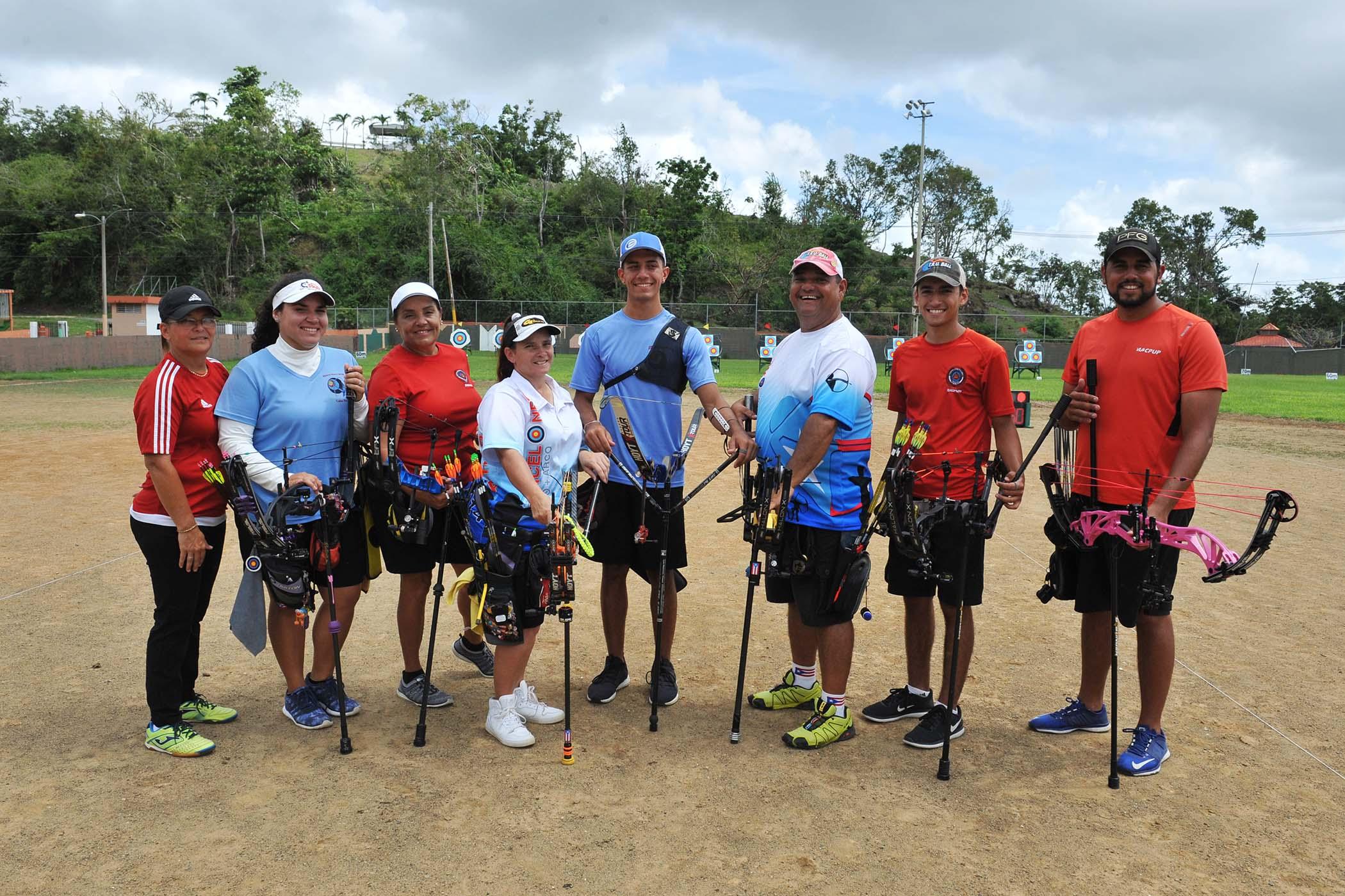 coach Maria Reyes-Marla Cintron-Maria Latorre-Nereida Velez-Adrian Munoz-Jose Reyes-Brian Alvarado-Jan Pizarro-1