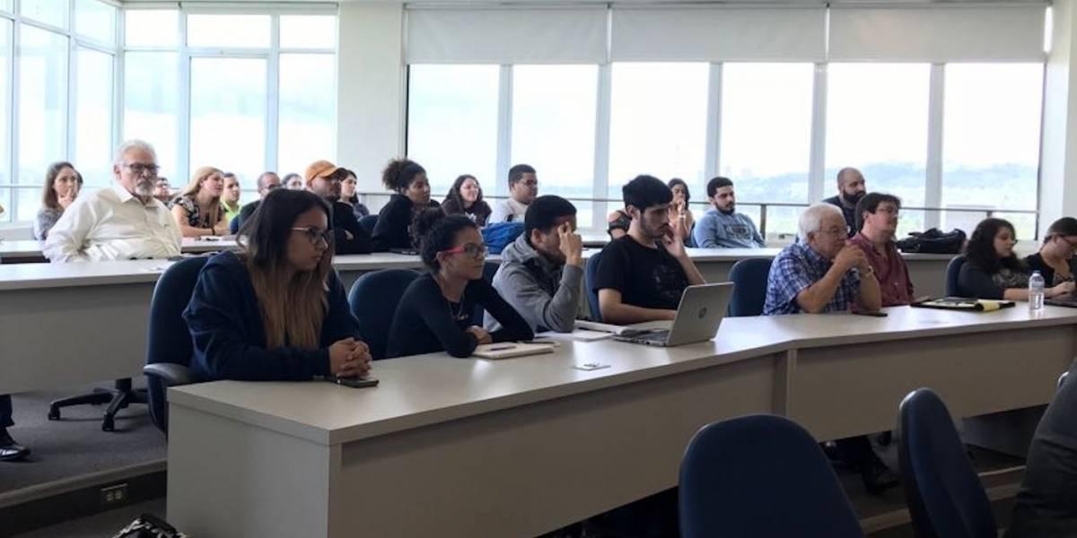 UPR Bayamón y el Centro Molecular firman histórico acuerdo