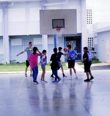 49 Jóvenes Participaron de Torneo 3 pa' 3