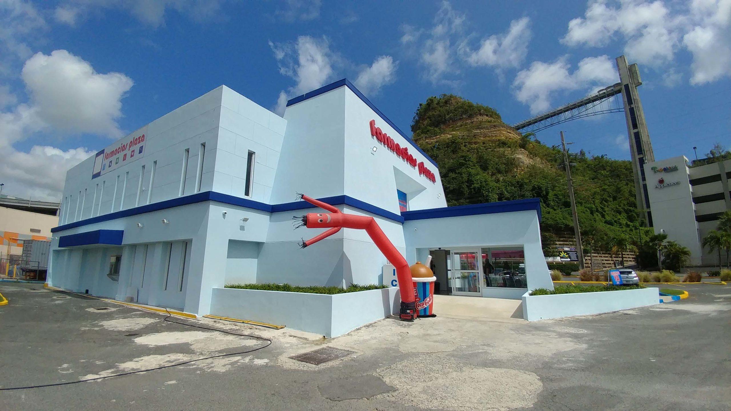 Fotos: Inauguración Farmacias Plaza en Plaza del Sol
