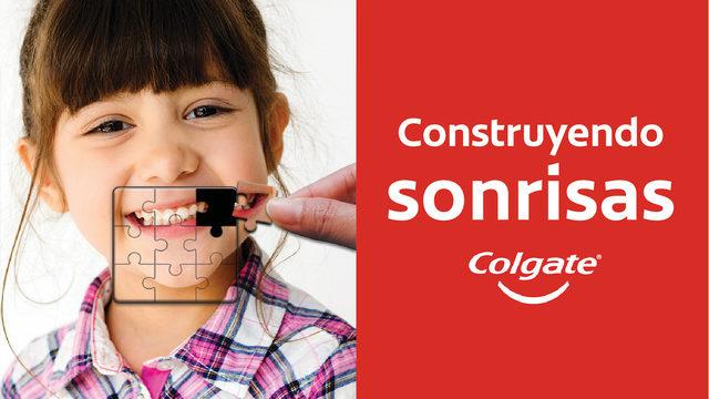 Sonrisa Colgate en Canton Mall