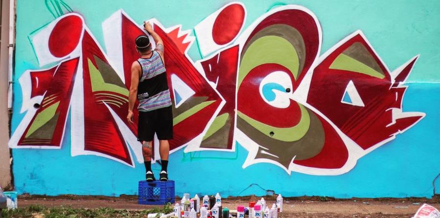 Junte de grafiteros pinta Bayamón al son de hip hop