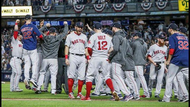 El Boricua Bayamonés, Christian Vázquez Envía a los Yankees a su Casa