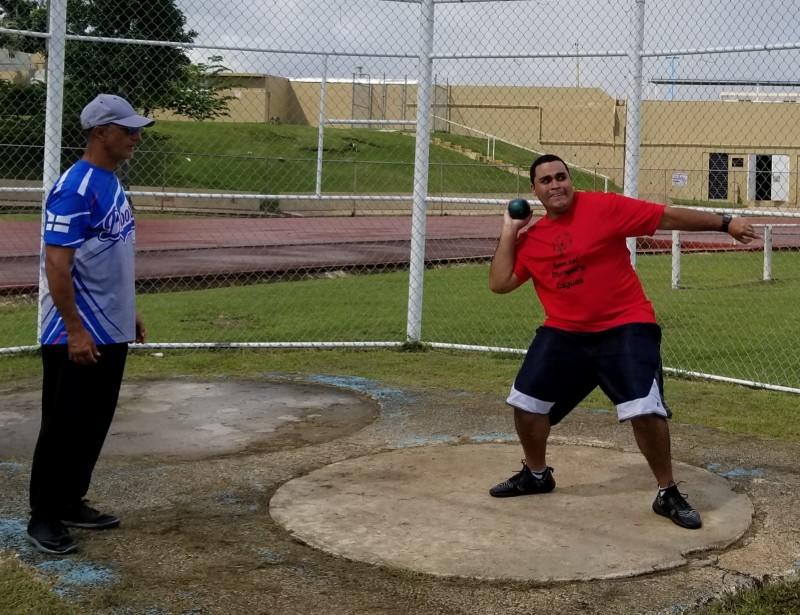 Alexander Almenas de Caguas y atleta que participará del Mundial en Abu Dabi