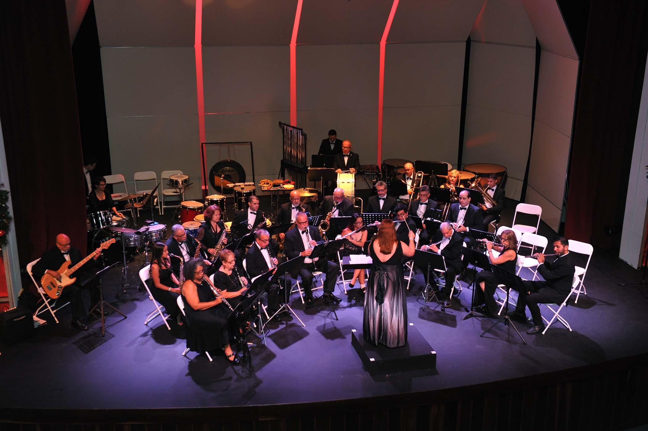 Banda Municipal en Concierto en el Teatro Braulio Castillo