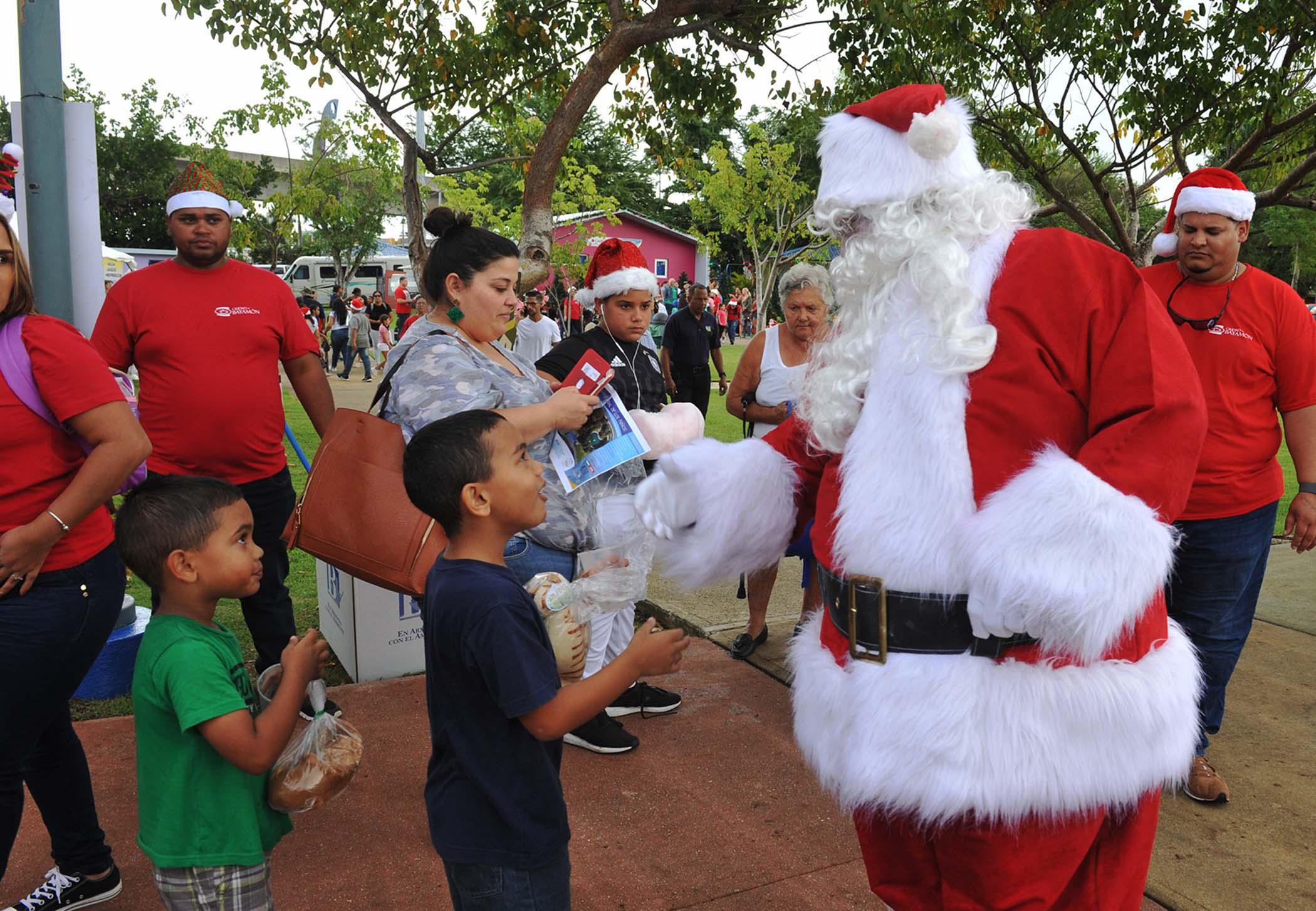 Celebra la Navidad en Familia en Bayamón