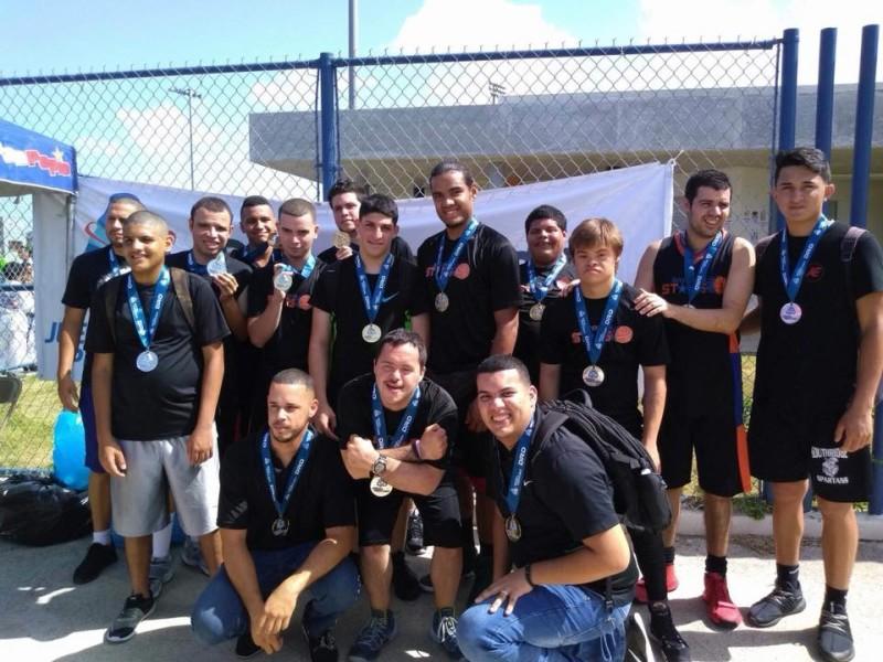 Bayamón Stars en el Tope del Baloncesto Masculino y en la Búsqueda de Talento Femenino