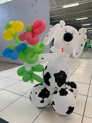 Una de las confecciones de globos hechas por estudiante