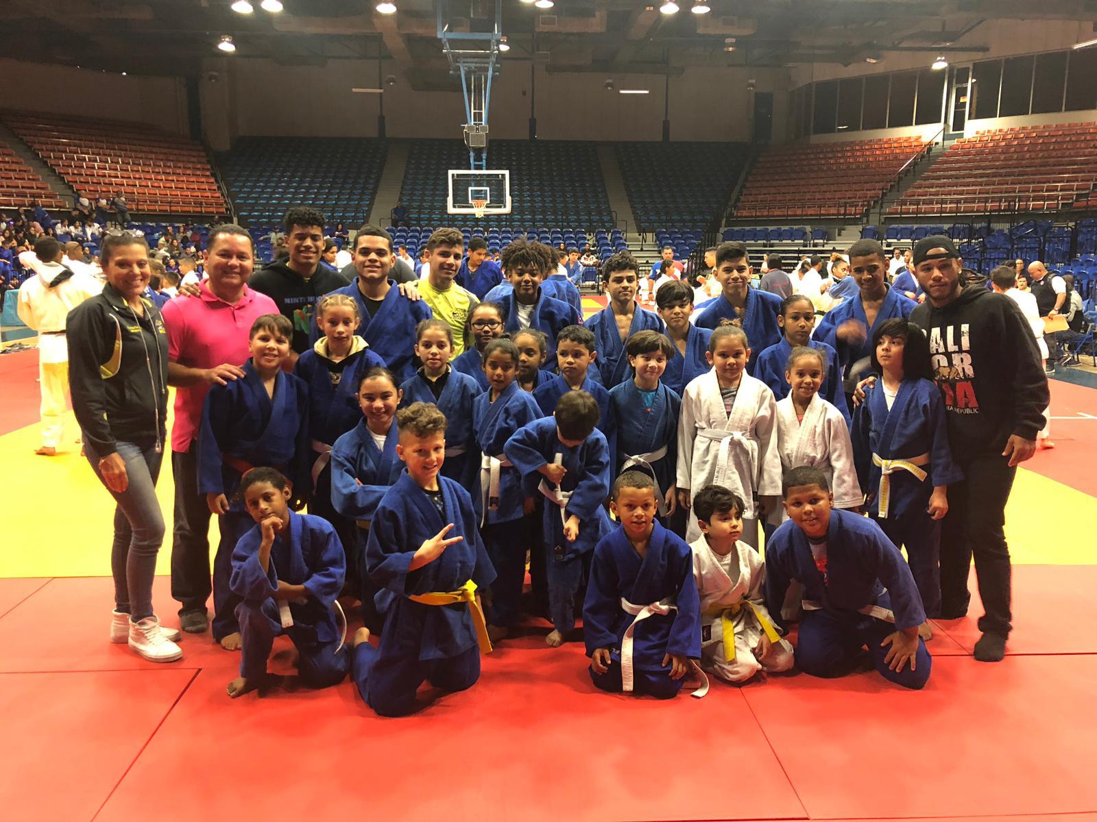 Campeones de la Copa Gigantes el Vaquero Judo Club