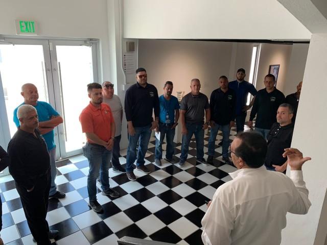 Visita de Choferes y Brigadas del Departamento de Educación Municipal al Casco Urbano de Bayamón
