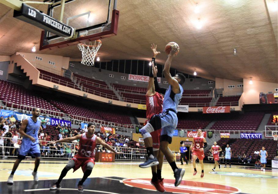 UPR de Bayamón va al decisivo con la UPR de Río Piedras en baloncesto