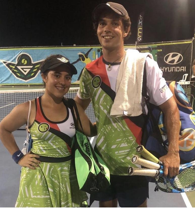 Jugadores de La Guerrilla Mix Tenis