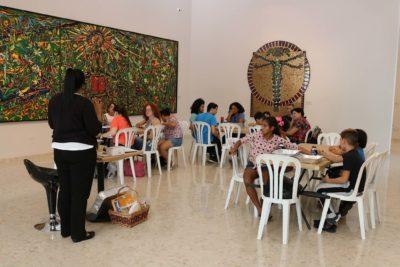 Taller Marmoleado en el Museo de Arte de Bayamón