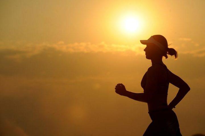 Sicólogos invitan a correr para fortalecer la salud mental