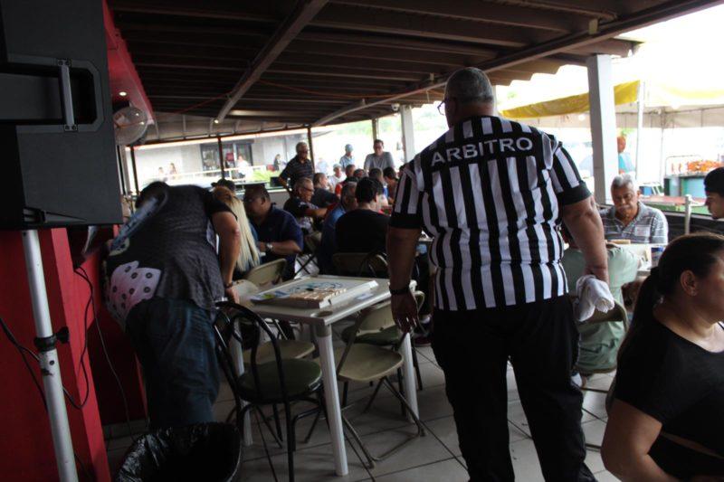 Llevan a Cabo Torneo de Dominó con los Mejores Jugadores Locales